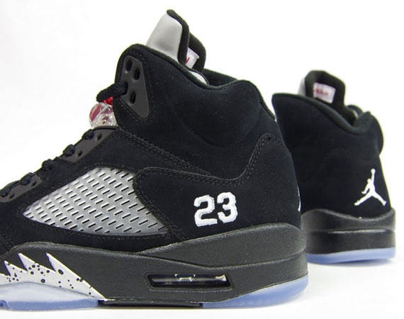 quality design c9629 965cf Air Jordan 5 Black Metallic 2011 - KicksOnFire.com