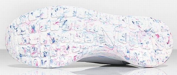 931b704775006 Nike Roshe Run QS - Marble Pack - Pure Platinum - KicksOnFire.com