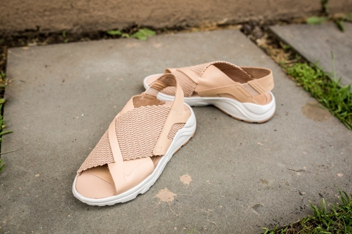 Vachetta Ultra Wmns Air Huarache Tan Nike Sandal f6Ygyb7