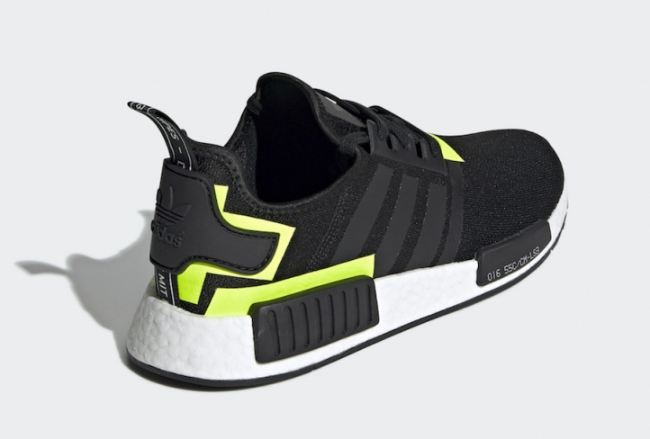 Nmd R1 Black And Green 032665
