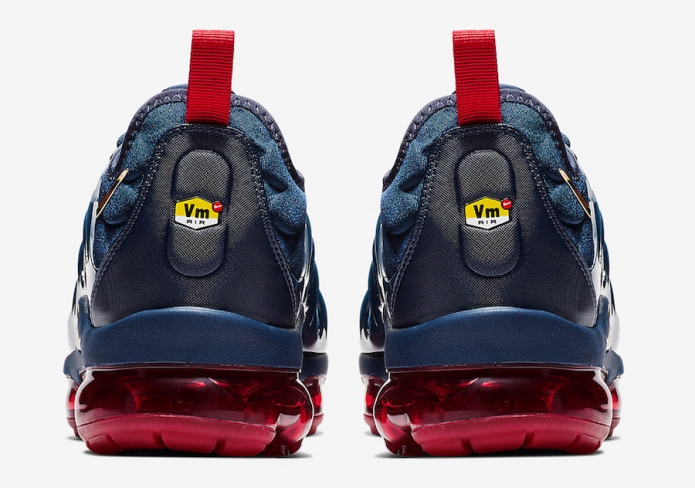Nike Air VaporMax Plus Midnight Navy Metallic Gold - KicksOnFire.com 221561d63