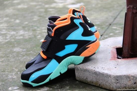 info for f6ad6 de514 Nike Air Diamond Turf - Total Orange   Gamma Blue - KicksOnFire.com