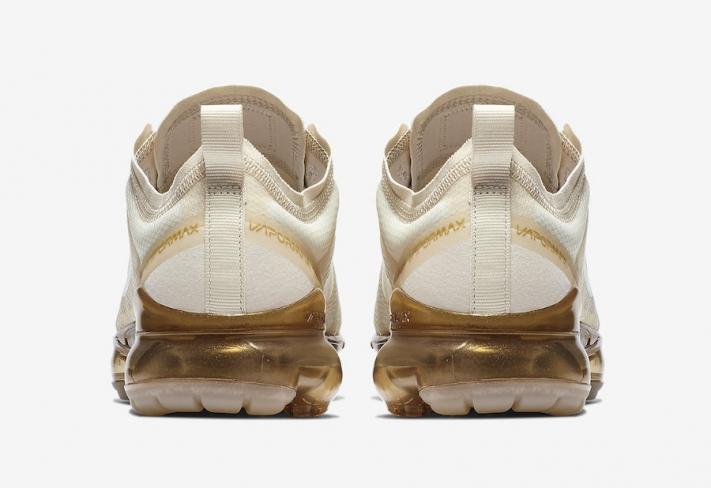 pretty nice b11eb 91266 Nike WMNS Air VaporMax 2019 White Gold - KicksOnFire.com