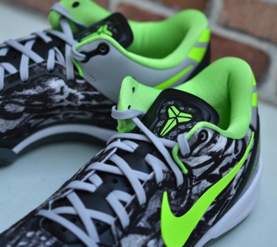 494016a2b5de Nike Kobe 8 - Graffiti. Buy Kixify Buy Ebay Want. WANTS. 699. COLOR. White    Black   Dark Grey   Flash Lime