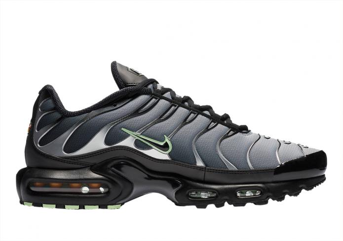 Nike Air Max Plus Black Particle Grey Vapour Green Kicksonfire Com
