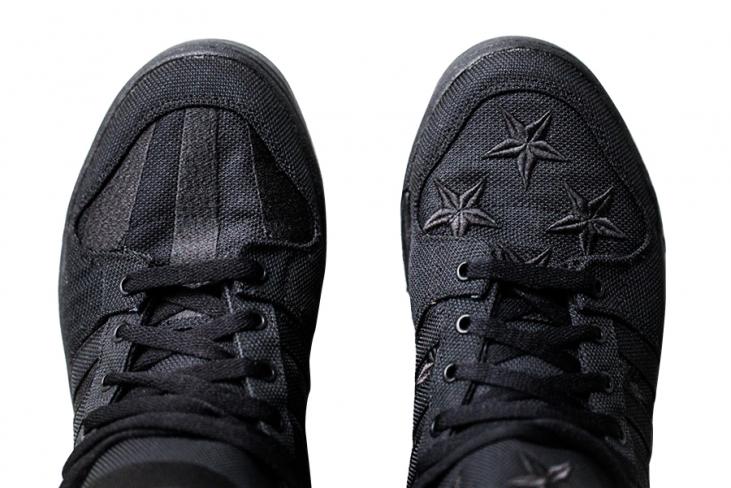 El hotel Frotar Detenerse  ASAP Rocky x Jeremy Scott adidas Wings 2.0 - Black Flag - KicksOnFire.com