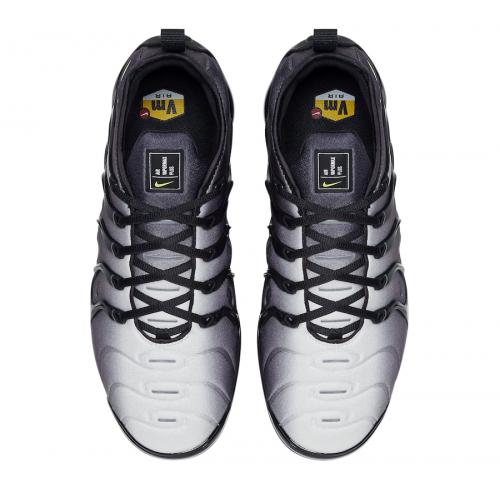 Nike Air VaporMax Plus Black Volt